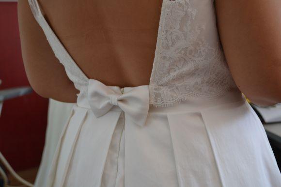 Robe de mariée décolleté dos carré jupe plissé, Marion