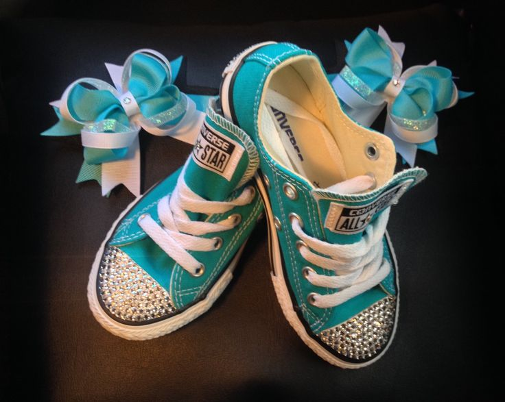 #etsymntts https://www.etsy.com/ca/listing/221764000/girls-size-105-converse-girls-crystal