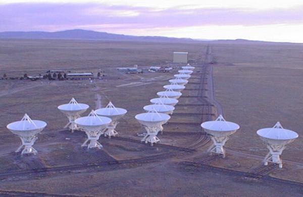 The VLA, near Socorro, New Mexico| Twilight at The Very Large Array, near Socorro, New Mexico