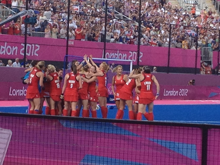 GB bronze medal ladies hockey team @ London 2012  - awesome achievement
