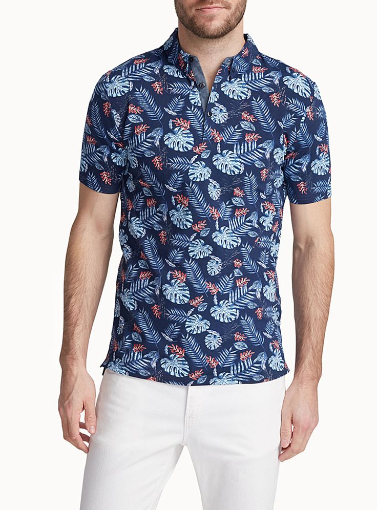 Exclusively from Le 31 for men     Collection of tropical-inspired patterns   Button-down collar   Ultra comfortable 100% cotton jersey    The model is wearing size medium