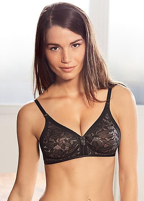 Womens Ideal Beauty Soft Cup Wireless Bra Playtex
