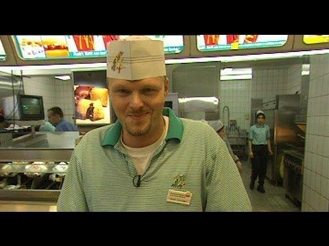 Bei McDonalds am Schalter - Raab in Gefahr