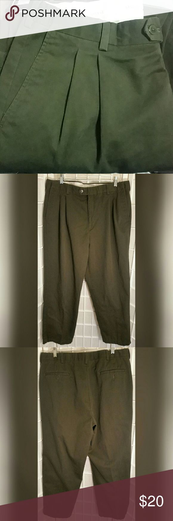 Men's olive green Savane dress pant 38x30 Men's olive green Savane dress pant  Has waist extender inside waist band  38x30  Great condition no flaws   Material content 100% cotton  ❣pictures are part of the description ❣colors may vary from monitor to monitor ❣No trades or off site transactions/communications ❣Open to reasonable offers ❣same day shipping Mon-Sat if purchased before 2:30pm central time  ❣Please ask questions all questions BEFORE buying. ❣PLEASE do not rate me on how the item…