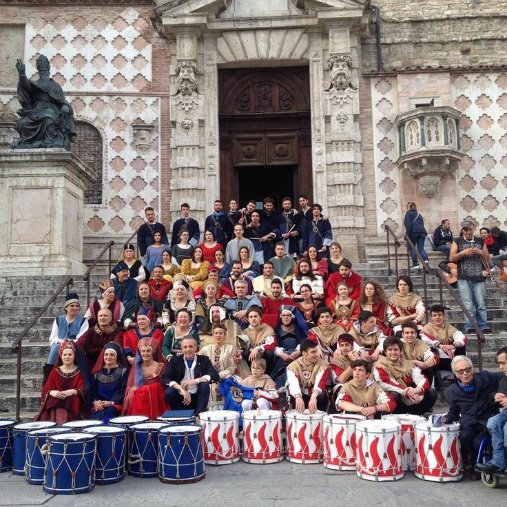 Delegazione Ente Palio dei Terzieri di Trevi a Perugia per il Lions Day 2016 #entepaliodeiterzieri #medioevo #trevi #terzieredelcastello #terzieredelmatiggia #terzieredelpiano #ottobretrevano #paliodeiterzieri #umbriamedievale