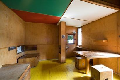 Ruth Burts Interiors: Visiting Le Corbusier: Le Petit Cabanon