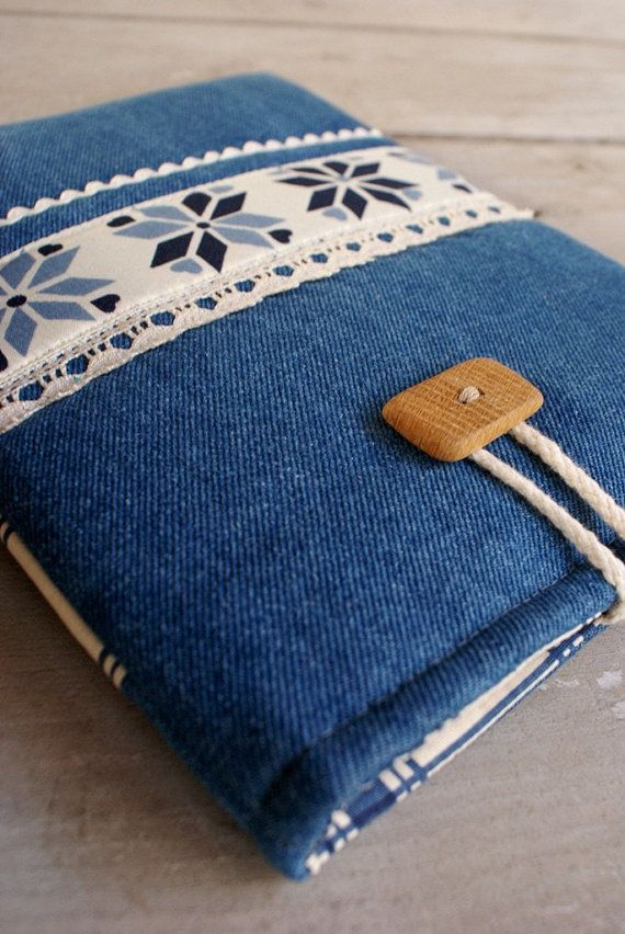 Apple iPad Sleeve Case/ padded/ denim/pockets