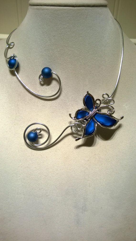 Blue necklace Open collar necklace  by LesBijouxLibellule on Etsy