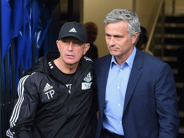 Tony Pulis: 'Jose Mourinho right man to restore Manchester United'