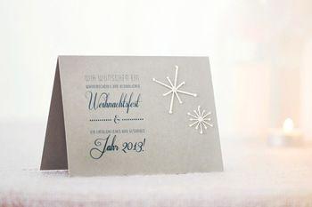 こんな風に、カードにちょっと刺繍を添えるだけで、なんだか 素敵に。結婚式の招待状や、ちょっとしたお礼のポストカード としても良さそう。