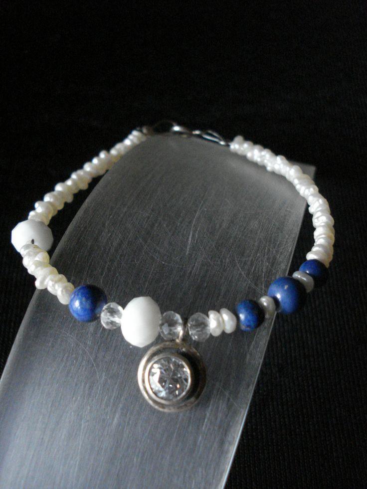 handmade bracelet of silver 925,pearls and lapis lazuli