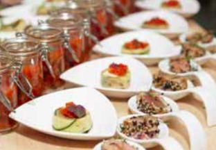 Nous faisons appel à des grands chefs pour concocter nos recettes gourmandes spéciales pique-nique chic. Seigneurie de Peyrat, organisateur de pique-nique chic partout en France #SeigneurieDePeyrat #PiqueNiqueChic