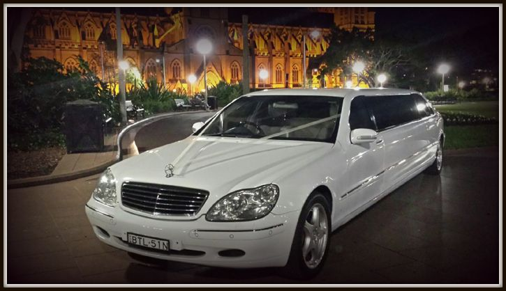 Reasonable Luxurious Hummer Limo Hire in Sydney