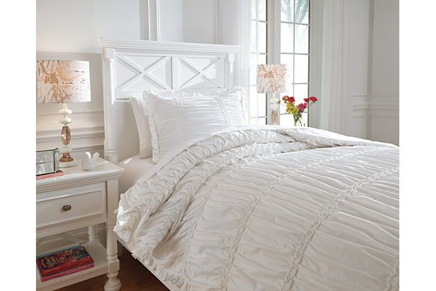 Brently 2-Piece Twin Duvet Cover Set by Ashley HomeStore, White, Cotton (100 %)
