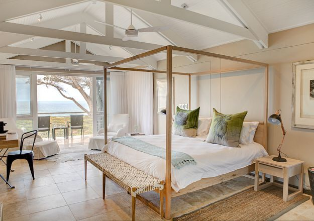 Stunning bed design in a modern room at the ever-beautiful Abalone Lodge.