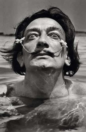 mymeditativerose:    'When I paint, the sea roars. The others splash about in the bath.' - Salvador Dali