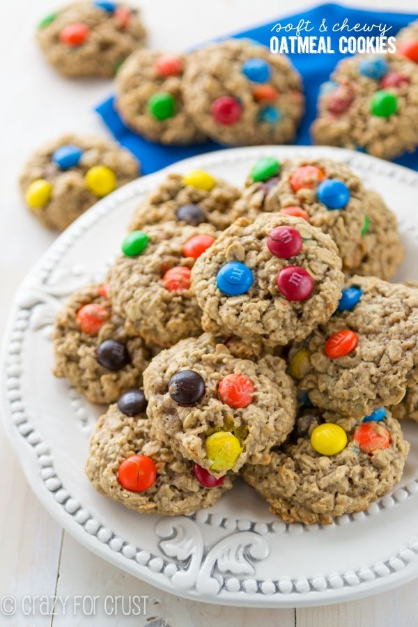 Soft and Chewy Oatmeal Cookies - the PERFECT oatmeal cookie!