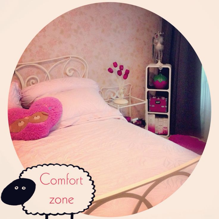 My pink bed room