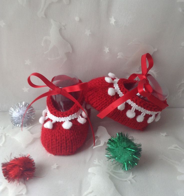 """Chaussons """"balerine"""" de Noël pour bébé, tailles 0/3 mois, rouge et blanc : Mode Bébé par tricot-bonnie"""