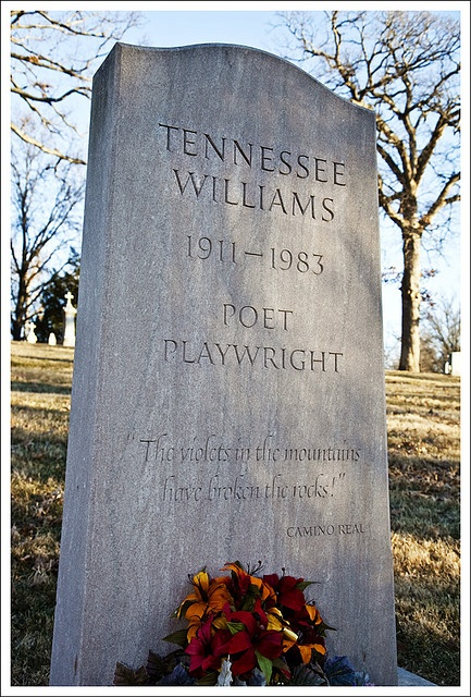 Tennessee Williams, Calvary Cemetery, St. Louis, MO