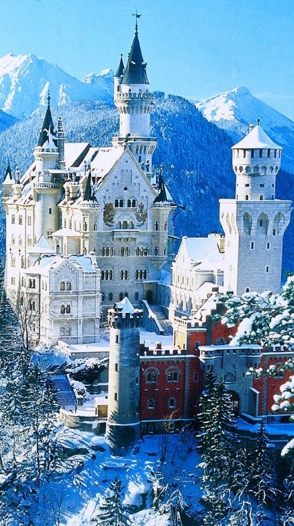 Snow in Neuschwanstein Castle, Bavaria, Germany. It reminds me of the castle in beauty and the beast.