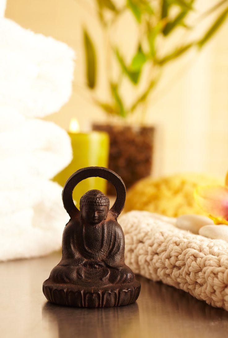 besser schlafen dank feng shui so richtest du dein schlafzimmer optimal ein feng shui. Black Bedroom Furniture Sets. Home Design Ideas
