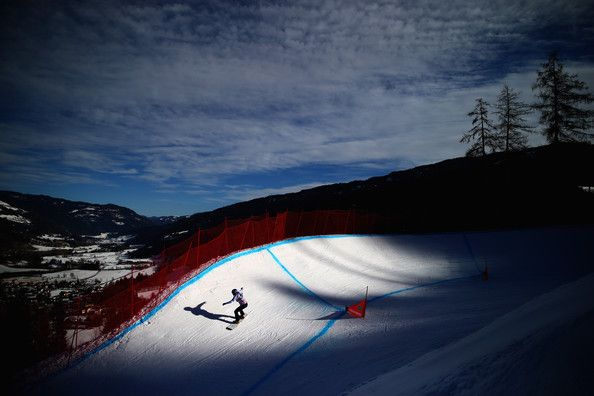 A competitor in action during Women's Snowboard Cross training ahead of the FIS Freestyle Ski World Championships on January 13, 2015 in Kreischberg, Austria. (January 12, 2015 - Source: Clive Rose/Getty Images Europe)