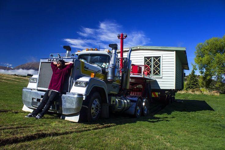 House on wheel / journey / trip / truck / NZ