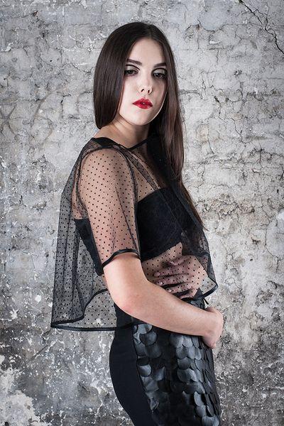 Bluzka tiulowa czarna - MagdalenaMol - Bluzki z krótkim rękawem