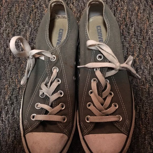 Gray converse Barely worn, women's gray low top converse size 9 Converse Shoes