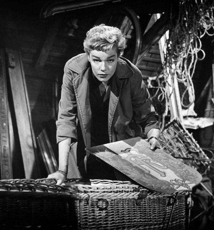 Simone Signoret in Les Diaboliques (1955).