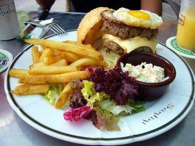 Big Fat Buddy Burger @ Santini Cafe