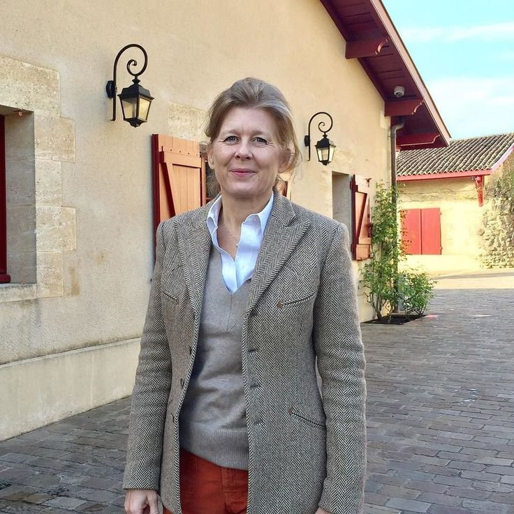Haut-Bailly is on a roll. Another fantastic vintage #bdx16; Veronique Sanders looks v happy Jeannie Cho Lee (@JeannieChoLee) | Twitter