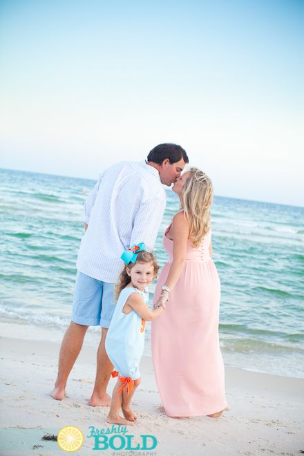 Family Beach Portraits, Great colors against the sky and ocean