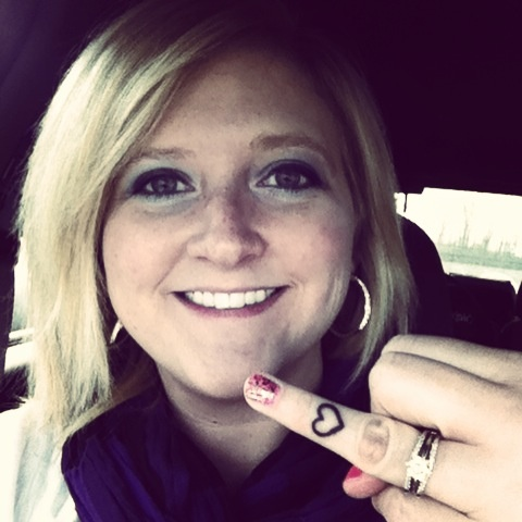 My new heart finger tattoo!!