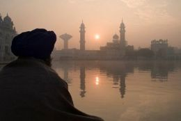 http://www.buzzle.com/articles/world-religions/ What is Sikhism?