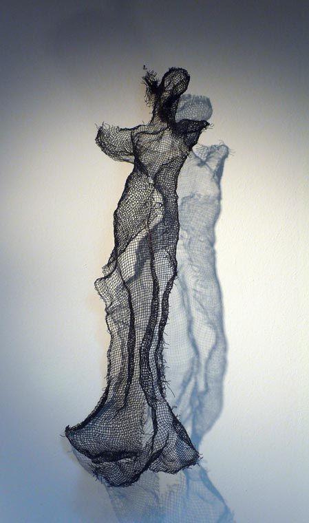 Luigi Varoli/Figura femminile di rete metallica (alt. 94 cm)