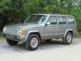 Awesome 1988 Jeep Cherokee Laredo