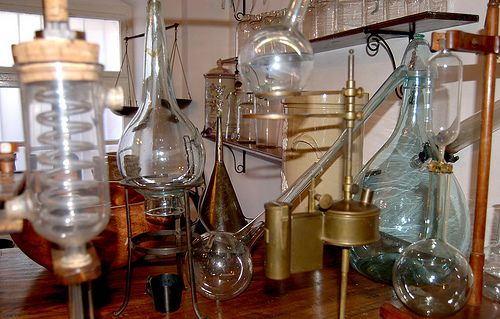 Chemist's Lab Tools. The brass, copper, and glass of a 17th century ...curiousexpeditions.org