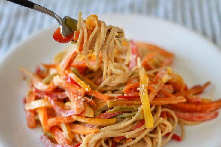 Spaghetti with Peanut Sesame Sauce // Spachetti con Salsa de Mani y Sesamo Gluten free Dairy Free