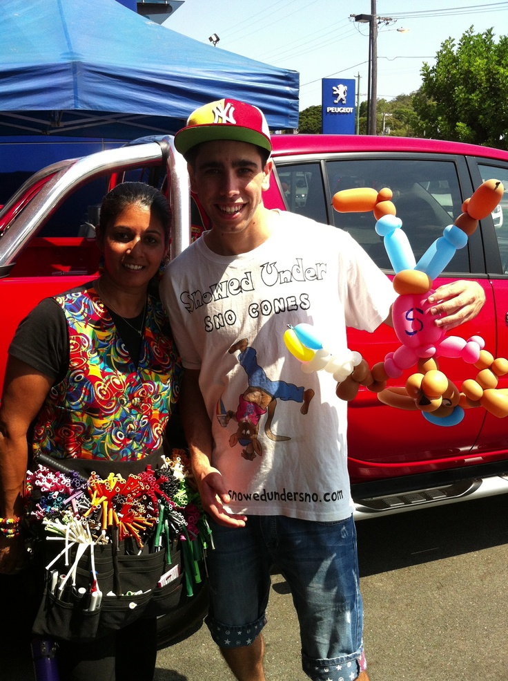 Zupps Mt Gravatt Sales Day. A perfect replica of our mascot, 'Snowy Joey' in balloon form!