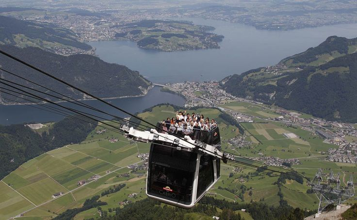 Convertible sports car + double decker bus + cable car = CABRIO