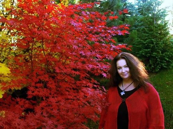 Anna #Dymna w jesiennych barwach :)  #autumn #garden