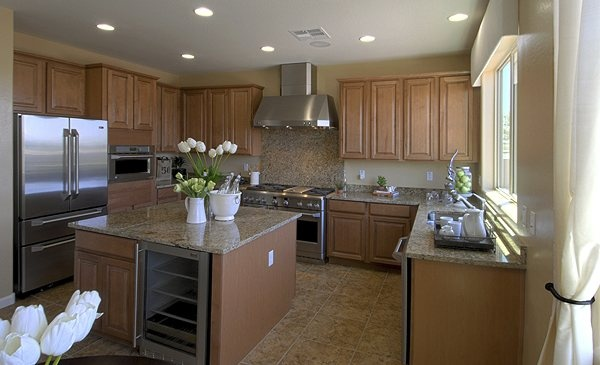 The gourmet kitchen in our san clemente model is a fan for Az arredamenti san clemente