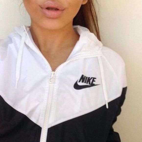 Black and white Nike windbreaker New never worn, cut off tags.* 2nd picture is actual picture*  No negative comment ❌ No trades  I ship next day  I discount bundles  PRICE FIRM Nike Jackets & Coats