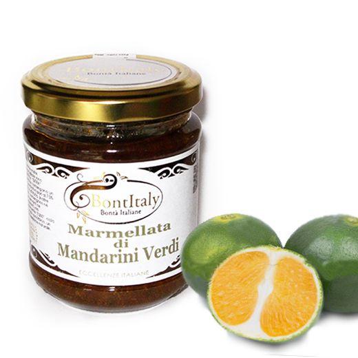 Prodotta artigianalmente e solo con l'utilizzo di mandarini siciliani, la nostra marmellata extra di Mandarini verdi contiene il 70% di frutta su 100 gr di prodotto. Ottima per iniziare la giornata con una buona colazione o semplicimente per farcire crostate e dolci.