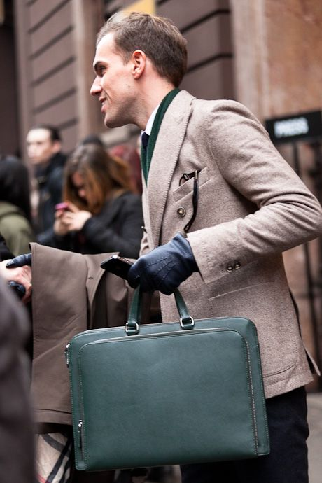 street style: emerald green details - bag and scarf with beige jacket, menswear