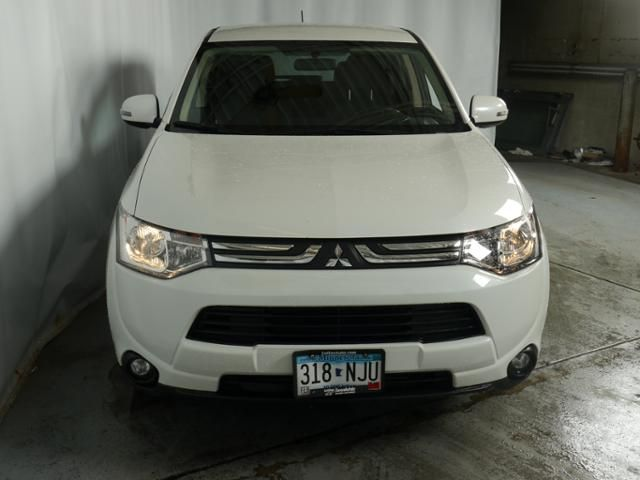 Used 2014 Mitsubishi Outlander for sale in Brooklyn Center MN at Luther Brookdale Mitsubishi dealer MN. Pre-Owned Mitsubishi SUV for sale. Mitsubishi SUV for sale. White Outlander Sport. AWD SUV. Minnesota Mitsubishi dealership. White SUV. FREE CARFAX report. >> Click the photo for more details.