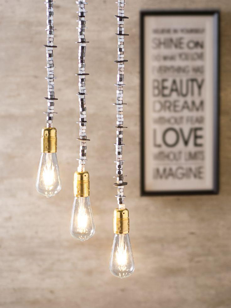 Nada como un toque original a la hora de iluminar tus espacios. #Hogar #Espacios #Iluminación #Lámparas #TiendaEasy