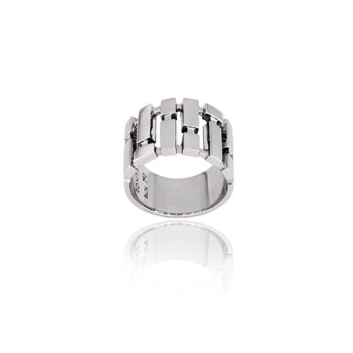 Cubic ring in 18ΚΤ white gold.